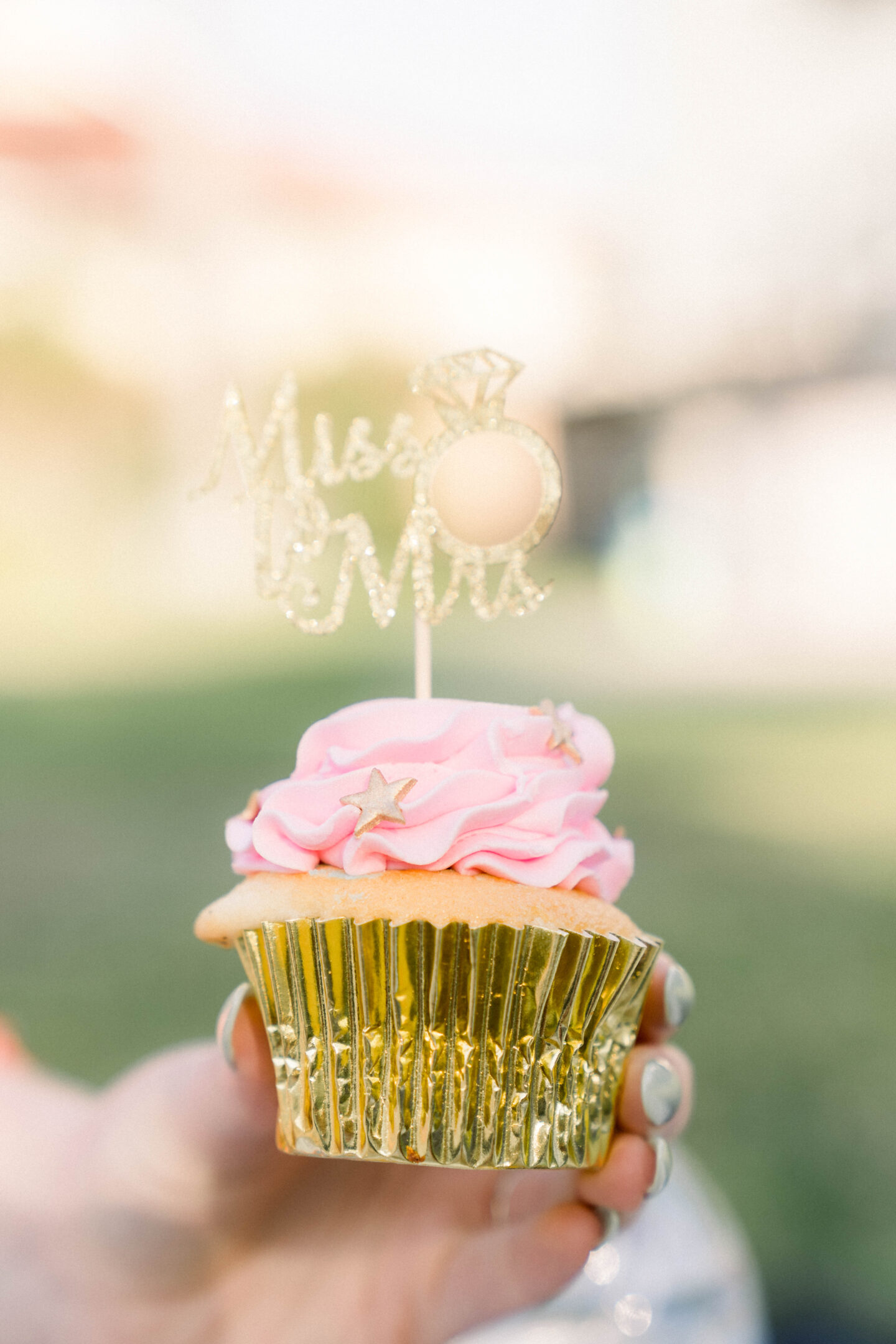 Cinderella Cupcakes // boho bridal shower